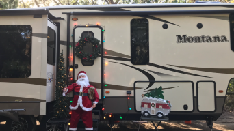 Santa is looking pretty good